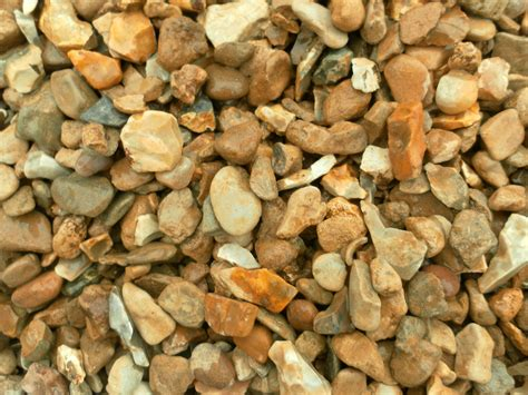 Buy Driveway Gravel Driveway Gravel 20mm Golden Bulk Bag Buy 3 Or More 163 55