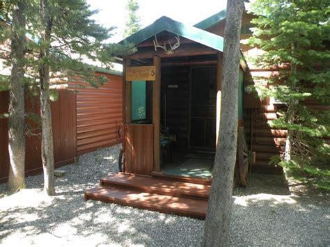 yard area cabin 6 picture of wagon wheel rv cground