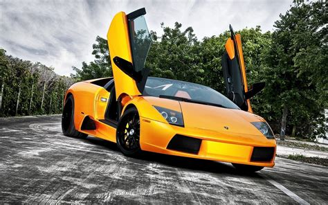 yellow lamborghini wallpaper black and yellow lamborghini wallpaper 28 high resolution