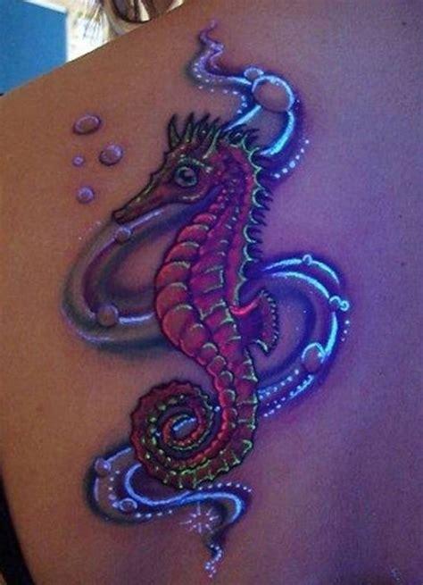 dragon tattoo uv ink seepferdchen tattoo motiv tattoovorlage