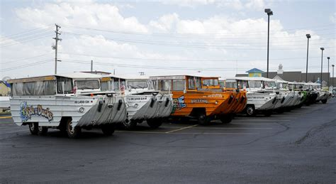 boat rides branson mo duck boats linked to more than 40 deaths since 1999