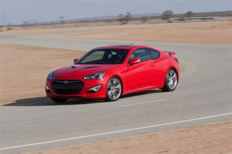 genesis coup review hyundai 2013 genesis coupe wired