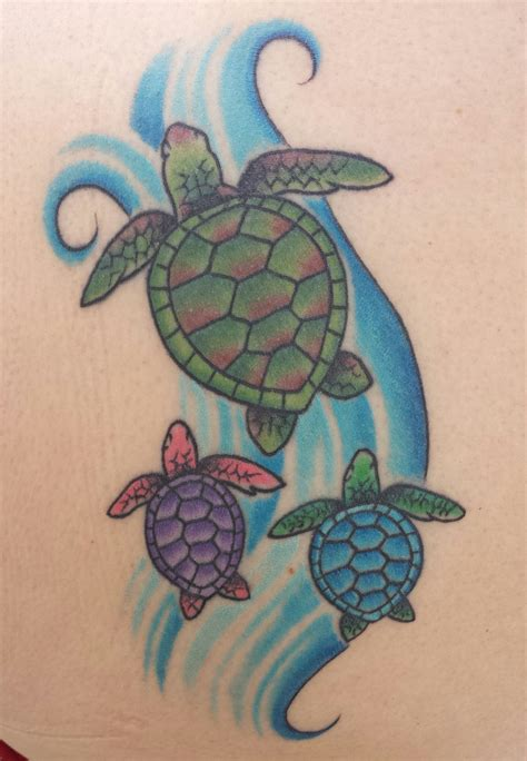 hawaiian turtle tattoos hawaiian sea turtle with babies ink