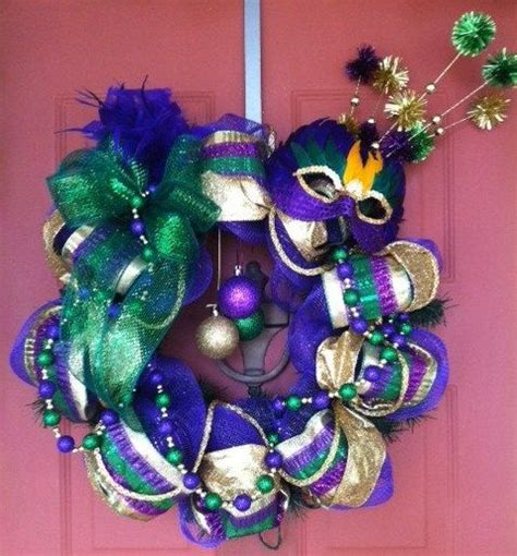 mardi gras bead wreath 1000 images about mardi gras decorations on