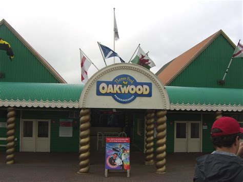 theme park wikipedia oakwood theme park wikipedia