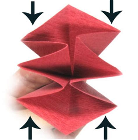 Origami Poinsettia Flower - how to make an origami poinsettia flower page 2