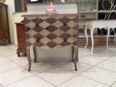 grifoni mobili grifoni comoncino stile fiorentino 62 sottocosto