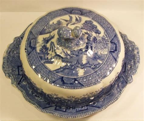willow pattern english china rare w ridgway blue willow round butter dish with lid