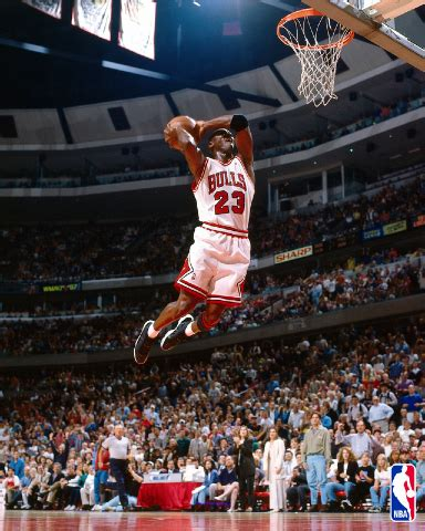 imagenes jordan en movimiento michael jordan s new 12 4m golf house in the bears club
