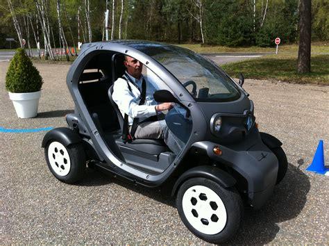 carro renault electrico un carro para recargar en casa primera prueba twizy el urbanita el 233 ctrico de renault