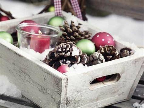 fensterdeko weihnachten kugeln bezaubernde winter fensterdeko zum selber basteln