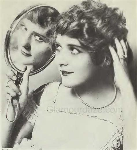 history of hair 1900 to 1919 the history of makeup 1900 to 1919 glamourdaze