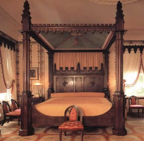 bed with posts loftylovin gothic victorian style beds