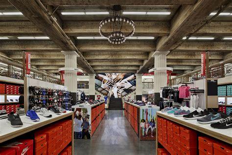 wss shoe store wss retail merchandiser