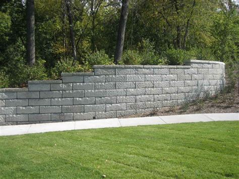 Walls How To Determine Retaining Wall Cost Retaining Garden Wall Cost Calculator