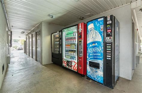 Apartment Building Vending Machines Studio 6 Chamblee Ga In Chamblee Hotel Rates Reviews