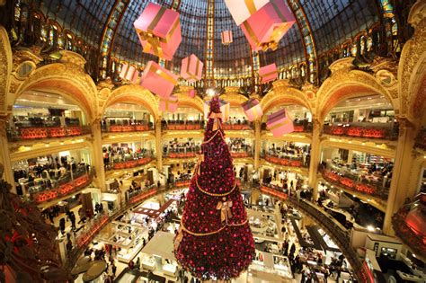 Sale Time At Galeries Lafayette by The Tree At Galeries Lafayette Editorial Stock