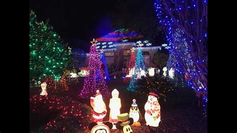 map of the best places to see christmas lights in