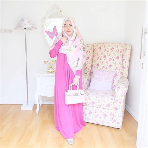 Eyeshadow Yang Cocok Untuk Baju Pink 22 model baju dress panjang untuk berbagai acara pesta