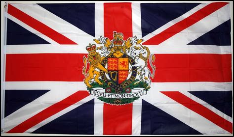 flags of the world union jack union jack with royal crest 5 x 3 flag