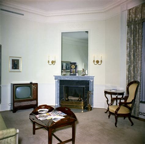 what is a sitting room white house rooms lincoln sitting room sitting room f kennedy presidential