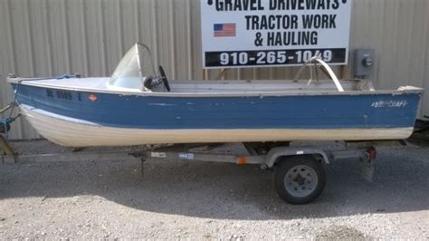vintage aluminum fishing boats vintage 14 foot starcraft aluminum fishing boat trailer