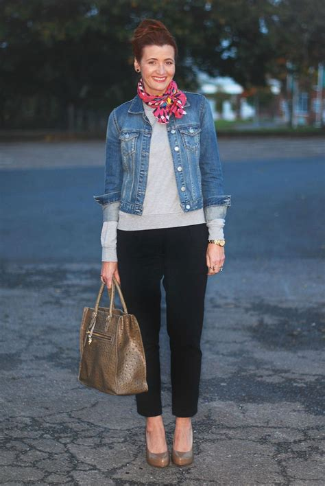 jeans for women in their 40s casual outfits for women over 40 not dressed as lamb