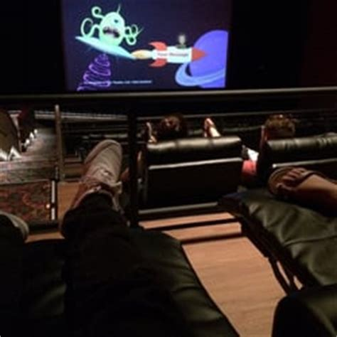 Regal Ronkonkoma Recliners by Regal Cinemas Garden Grove 16 71 Photos Cinema