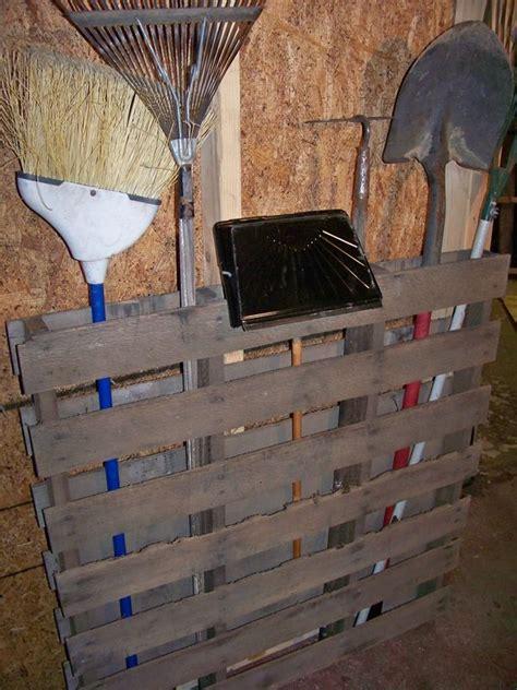 Garage Organization With Pallets Pallet Garden Tools Holder Pallets Garages And Storage