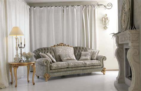 ninfea divani ninfea divano capitonn 233 classico con intaglio pigoli