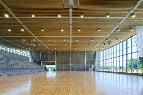cococozy architect tour no light lost in an east village monconseil sports hall is a gorgeous naturally daylit