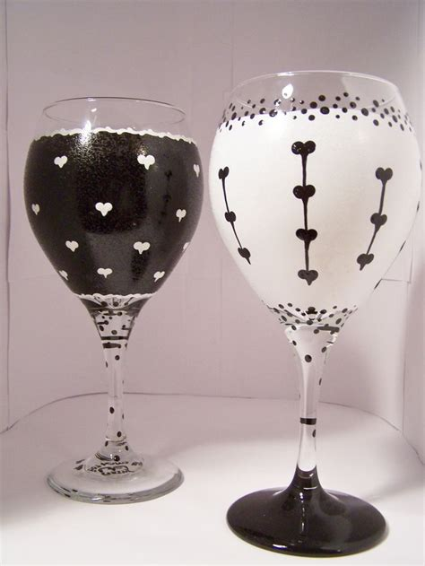 wine glass painting 518 best holiday glass painting ideas images on pinterest