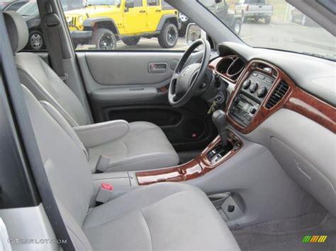 2004 Toyota Highlander Interior by Toyota Highlander 2004 Interior