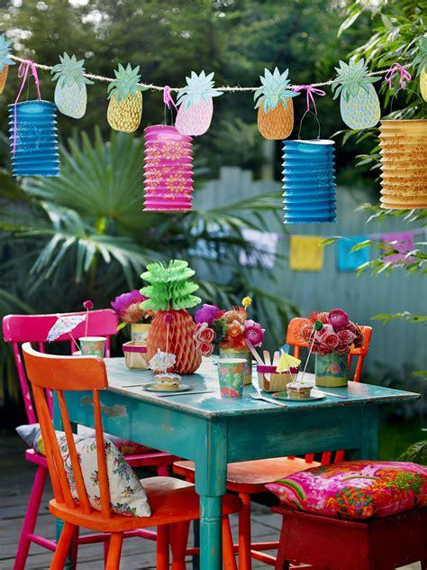4 full bleed Talking Tables Tropical Fiesta Summer