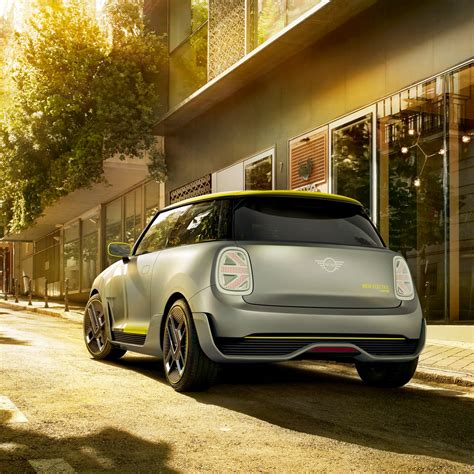 2019 mini electric 2019 mini cooper e electric car rear profile 4k uhd