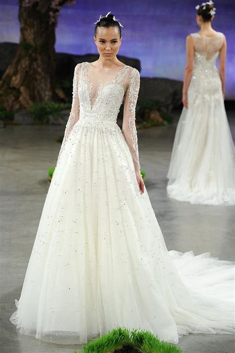 Wedding Dress Zodiac Sign by Find The Wedding Dress For Your Zodiac Sign