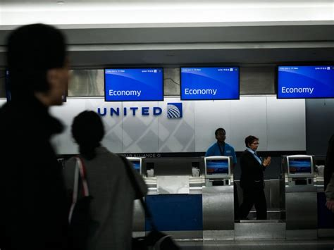 check in united airlines she boarded a plane to see her dying mother then her
