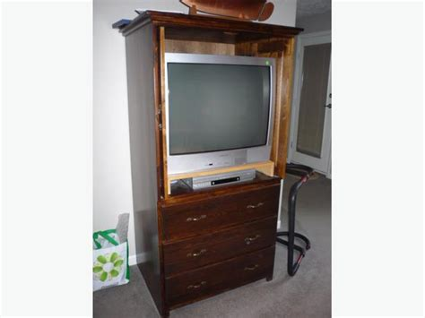 Wardrobe Tv Stand by Wardrobe Or Tv Stand West Shore Langford Colwood