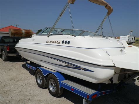 pictures of glastron boats glastron dx235 2004 for sale for 15 500 boats from usa