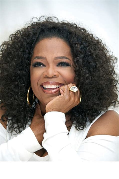 oprah winfrey on facebook famous neighbors 9 celebrities that currently live or