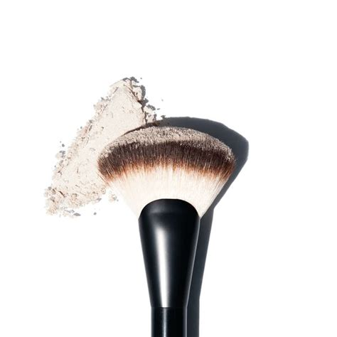 brown fan brush nyx professional makeup pro fan brush reviews photos