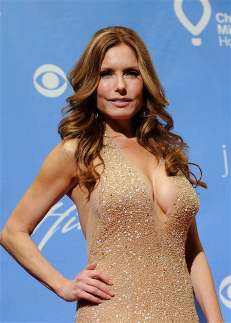 has arianne zucker had breast augmentation arianne zucker breast implants newhairstylesformen2014 com