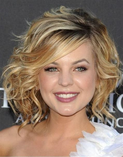 stunning short hairstyles for round faces with double chin 30 stunning medium hairstyles for round faces medium
