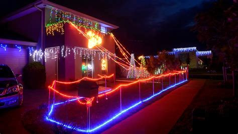 christmas lights point cook neighbours light up festive spirit in point cook herald sun