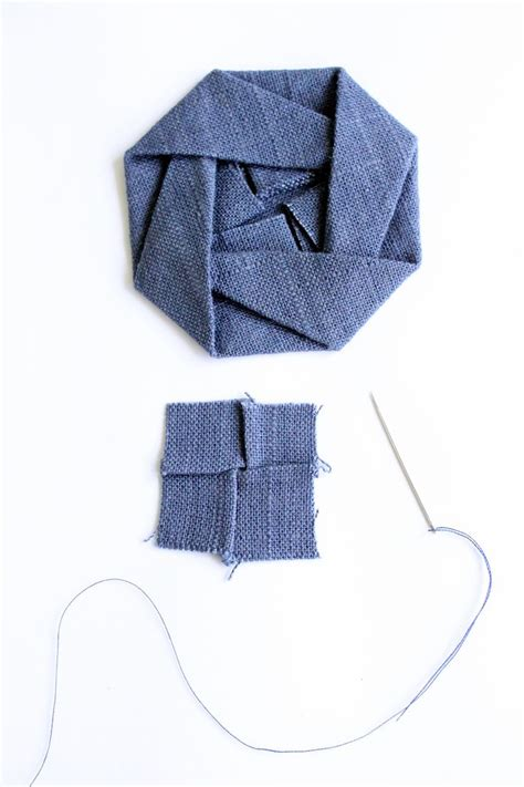 Origami Fabric Folding - 25 best ideas about fabric origami on fabric