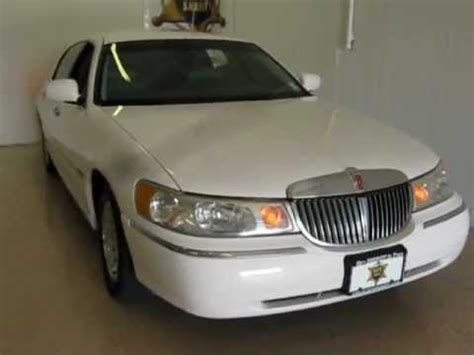 1999 lincoln town car reviews 1999 lincoln town car executive only 110k