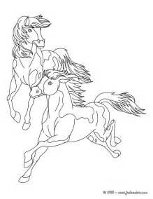 coloriage de cheval au galop az coloriage