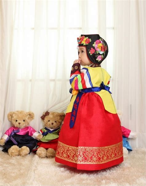 36 best hanbok images on korean traditional traditional bedskirts and