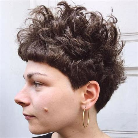 Curly Pixie Hairstyles by Curly Pixie Haircuts For 2018 Pixie Hairstyle