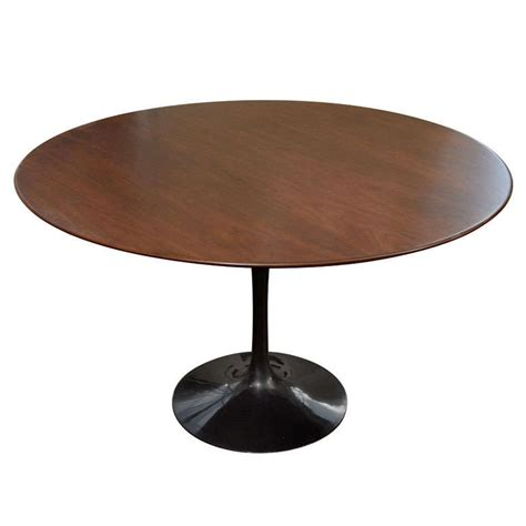 eero saarinen 48 quot tulip dining table with walnut top mfg